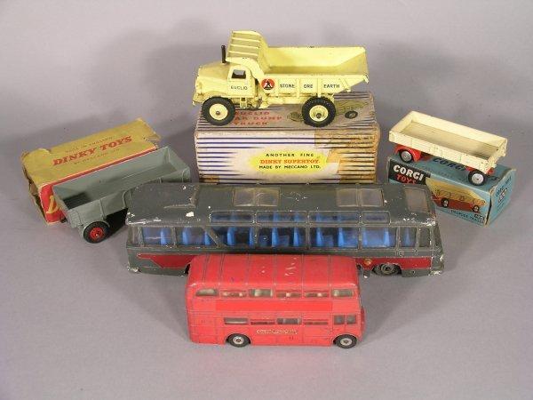 12D: Dinky Supertoys 965 Euclid rear dump truck, yellow