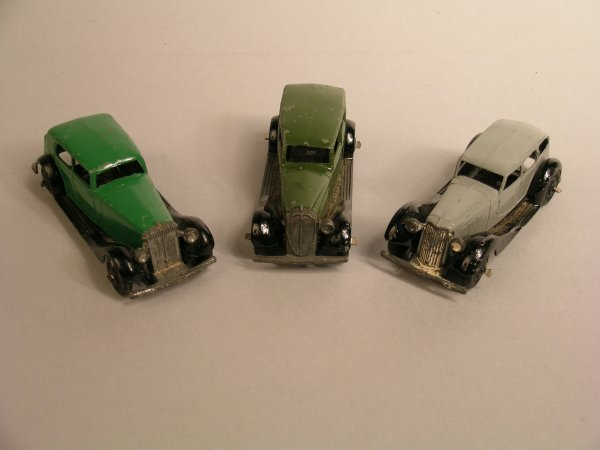 18D: Dinky: 30c Daimler, dark green, black wings, black