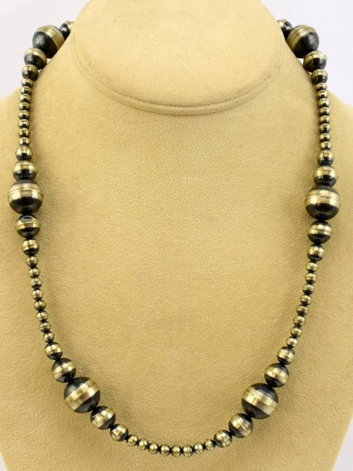 Native American Navajo Pearls Necklace