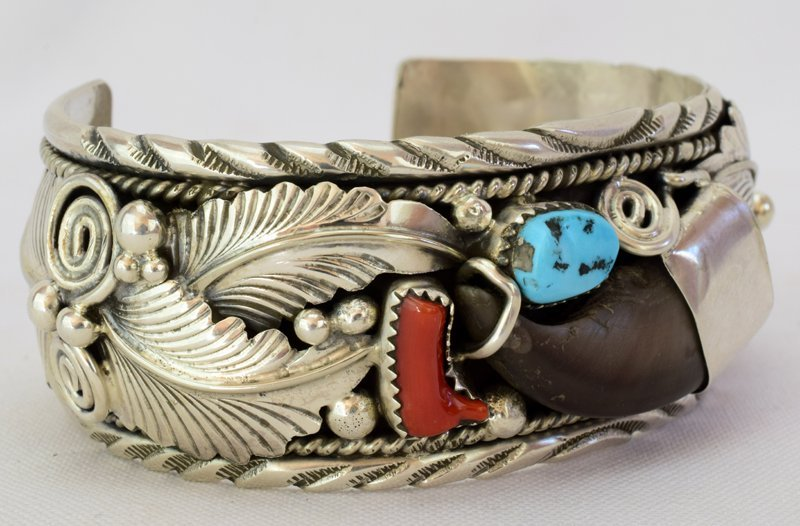 Navajo Old Pawn Sterling Bear Claw Cuff Bracelet - 3