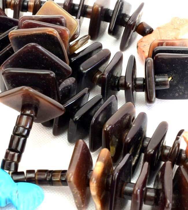 Zuni Tortoise Shell Beads with Fetishes and Jockla - 6