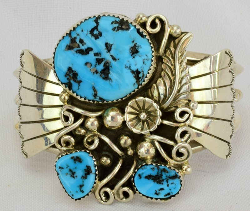 Native American Sterling Silver Turquoise Nugget Cuff