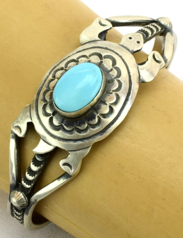 Native American Sterling Turquoise Turtle Braclet