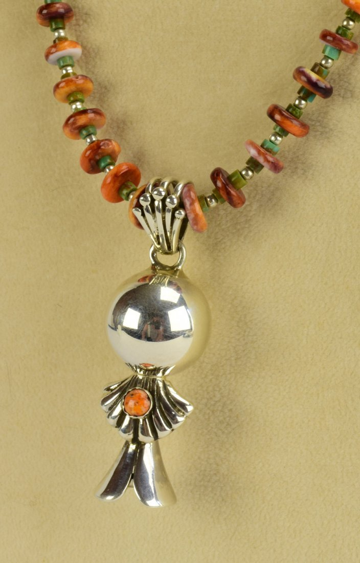 Navajo Sterling Silver Spiny Oyster Blossom Necklace - 3