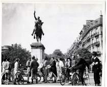 George Washington Monument 8261944 Paris France