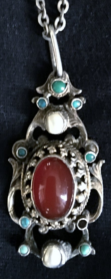 835 Silver Jugendstil Pendant and chain with Carnelian,