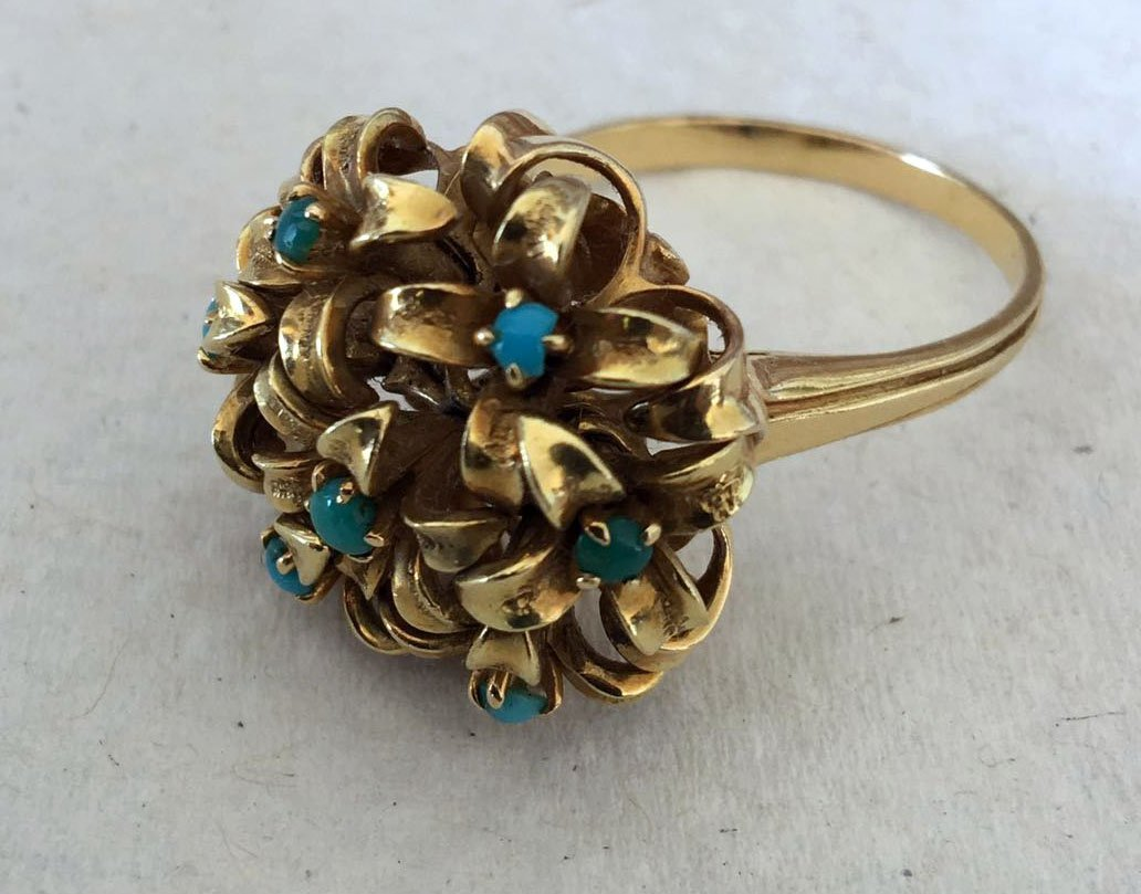 Gold 18ct and Turquoise en Tremblant ring
