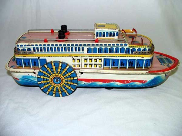 3: TIN TOY SHOW BOAT