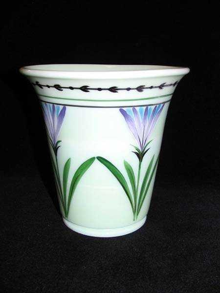 149 Fenton Vase Signed Sue Jackson