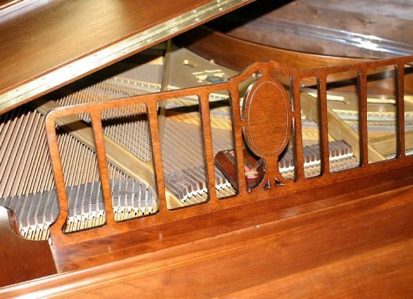 709: Haines Bros baby grand piano, 1933 - 10