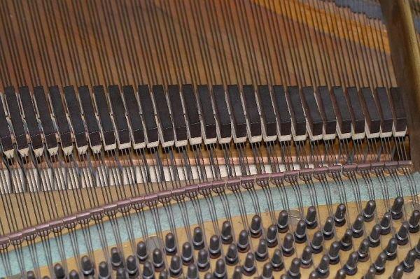 709: Haines Bros baby grand piano, 1933 - 4