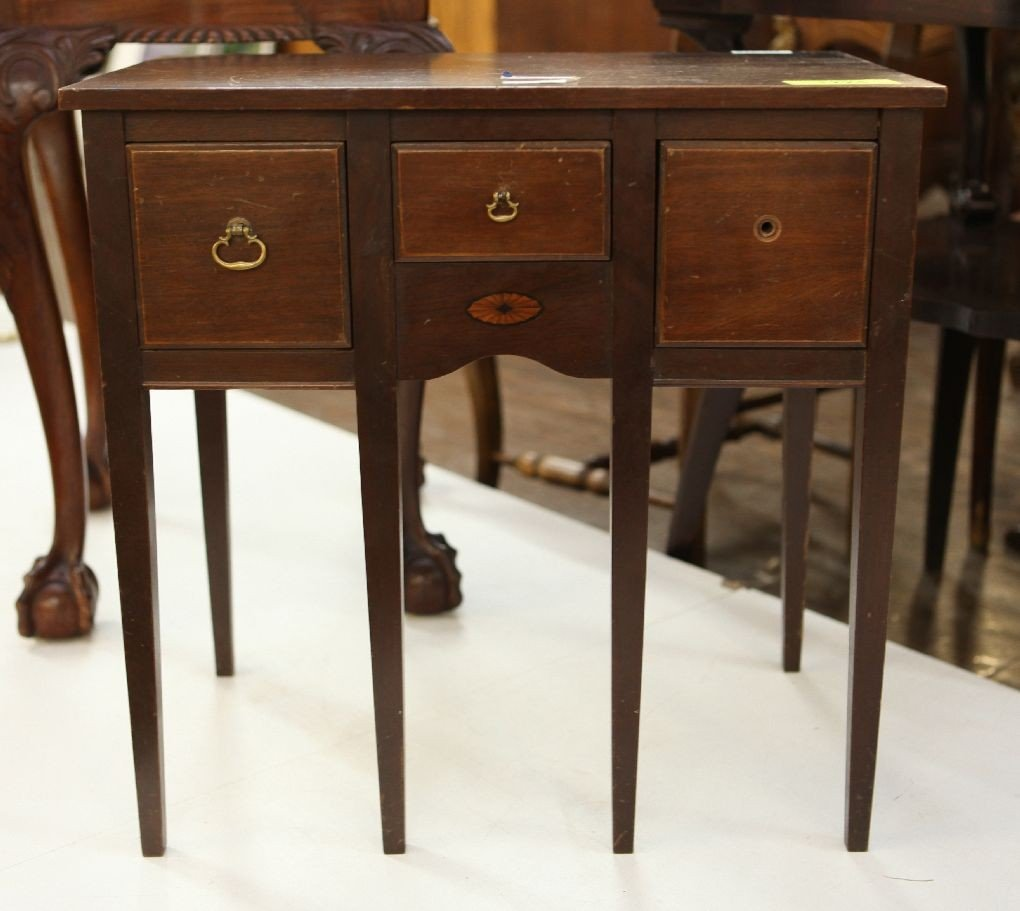 18: Miniature sideboard walnut