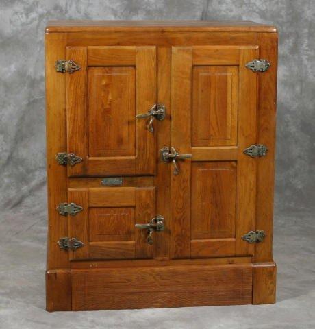 703: Oak Ice Box