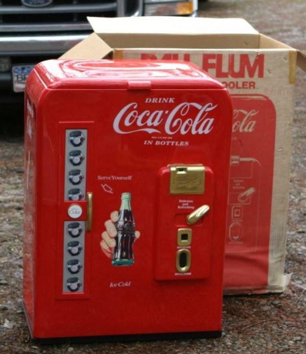484: Paul Flum Coke Nostalgia Cooler in original box