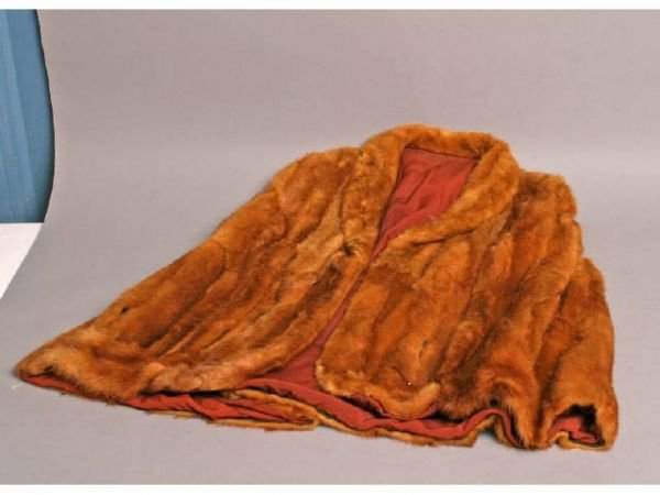 24: Fox fur coat