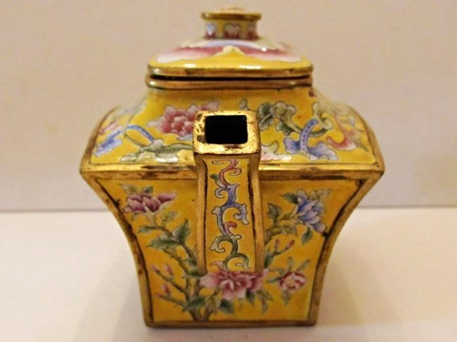 Yellow Ground Beijing Enamel Teapot with Cover - 2