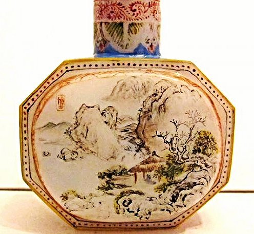 Faceted Glass Snuff Bottle with Landscape Painting - 3