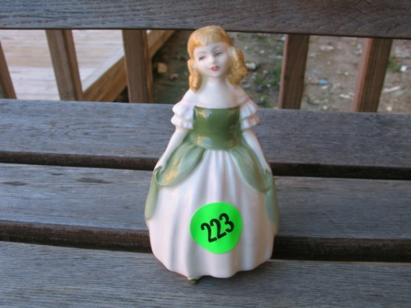 """223: Royal Doulton Lady Figurine - """"Penny"""" - perfect co"""