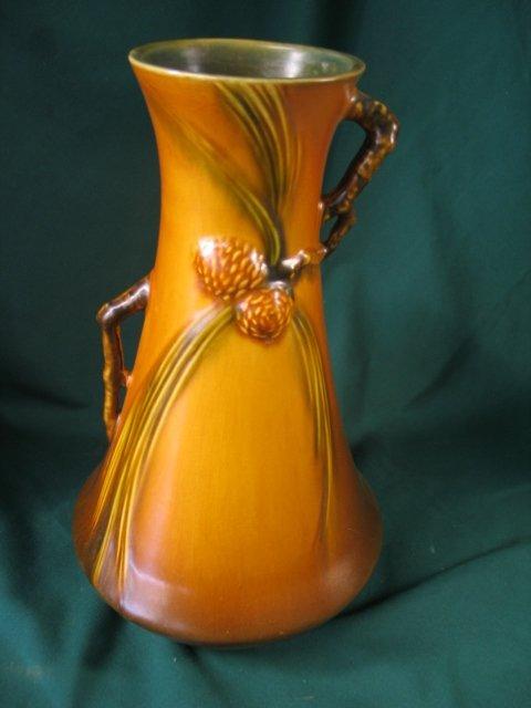 2110: roseville pinecomb #712-12 vase