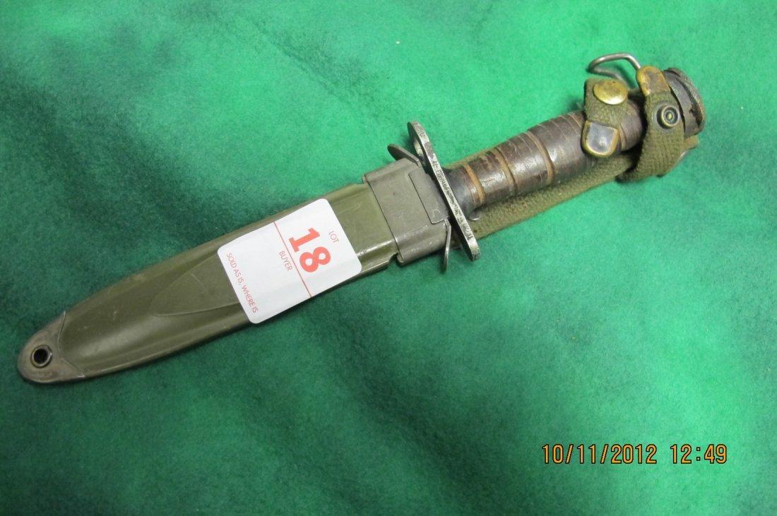 18: M4  M1 CARBINE BAYNOET  WITH