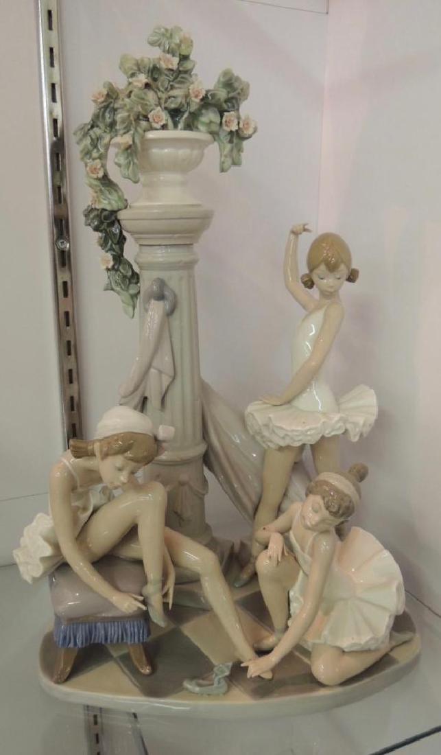 Lladro Porcelain Figurine Featuring 3 Ballerinas