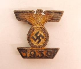 WW2 German 1939 Eagle Clasp for 1914 1st Class Iron