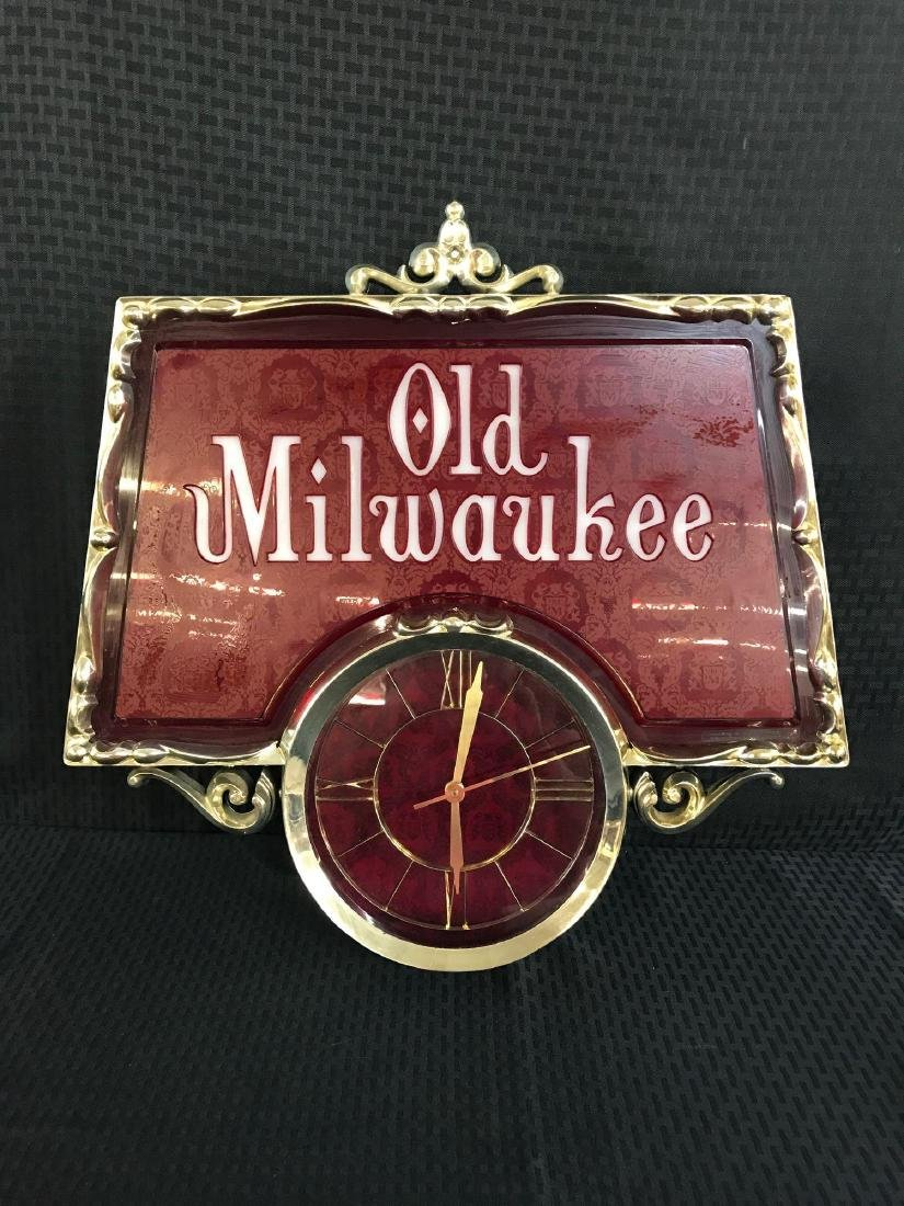 Old Milwaukee Beer Light Up Sign with Clock - 3