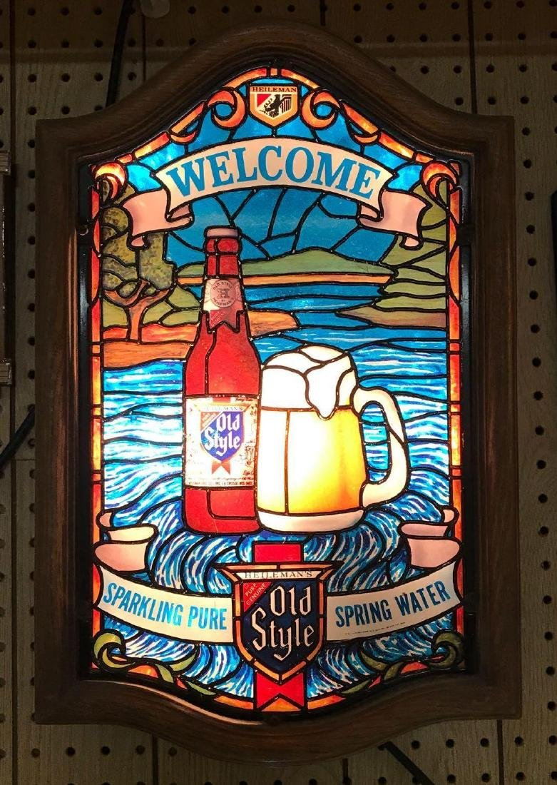 Heileman's Old Style Light Up Advertising Beer Sign
