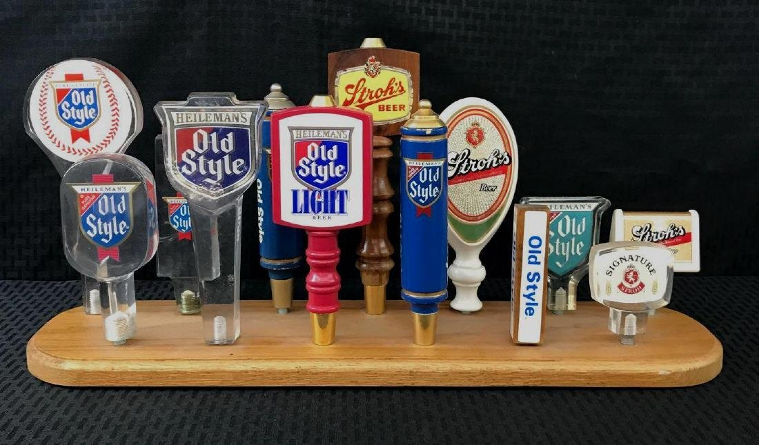 13 Old Style and Strohs Beer Pulls Display