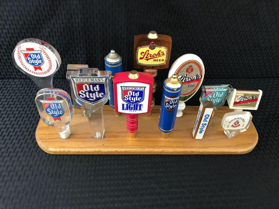 13 Old Style and Strohs Beer Pulls Display - 2