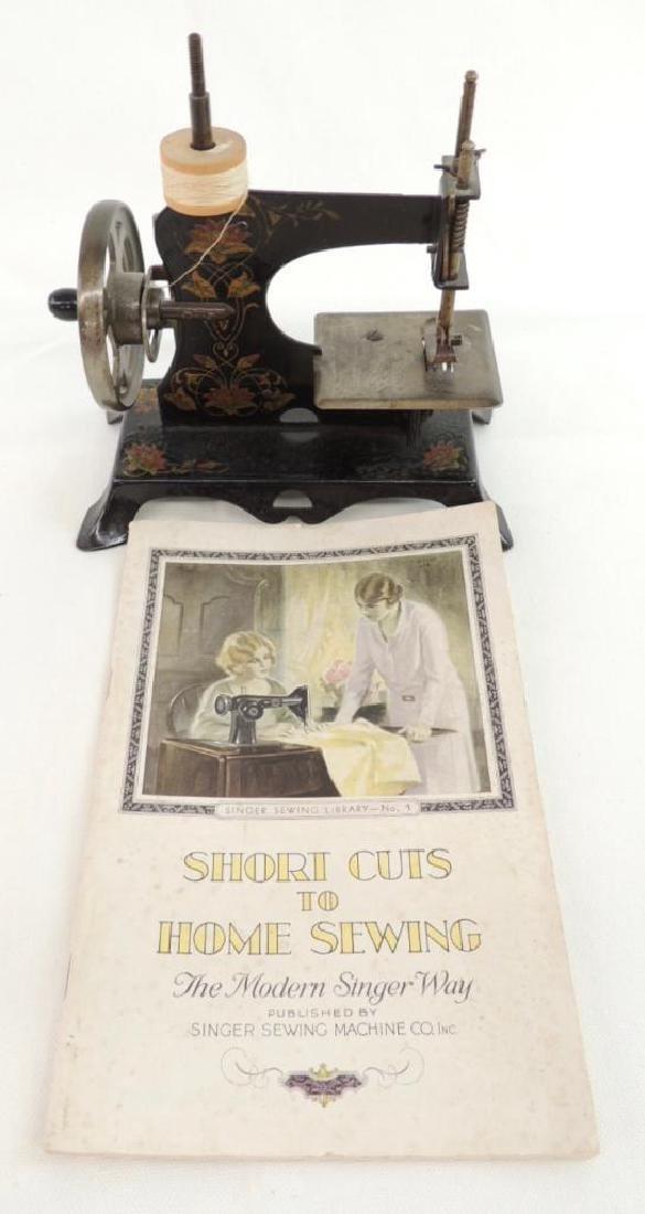 Miniature Sewing Machine - 3