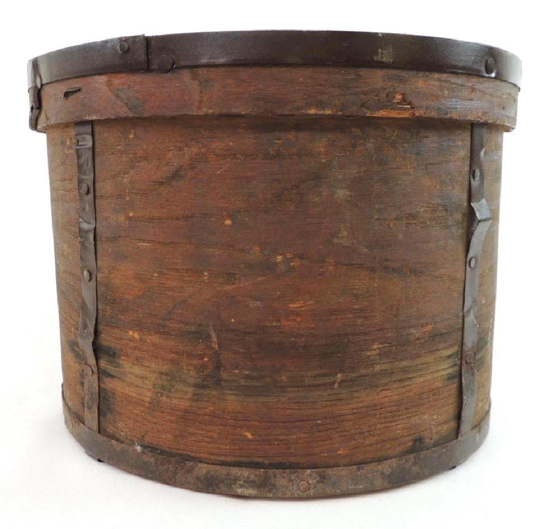 Primitive Round Drum Wood Box