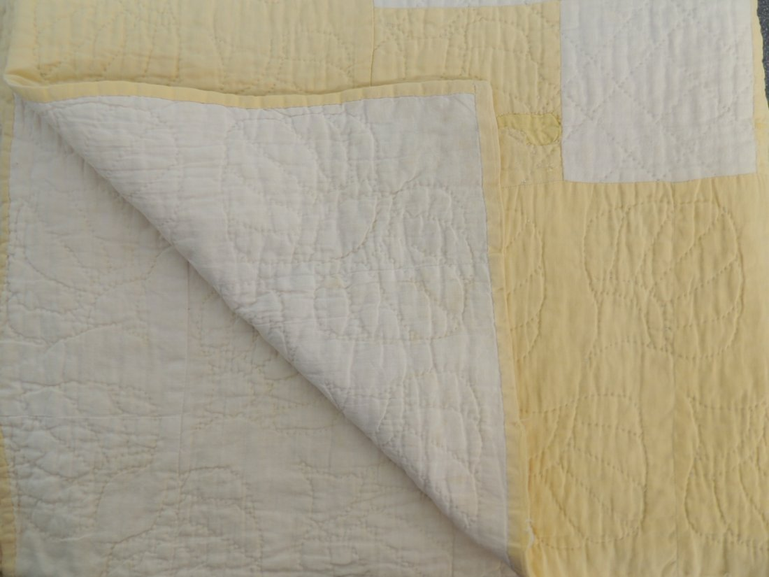 Antique Hand Quilted Yellow Checkerboard Pattern Quilt - 3