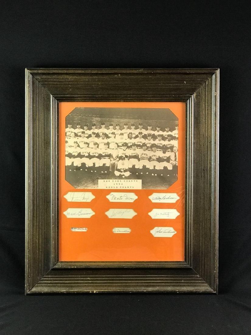 1954 New York Giants team photo with nine signatures