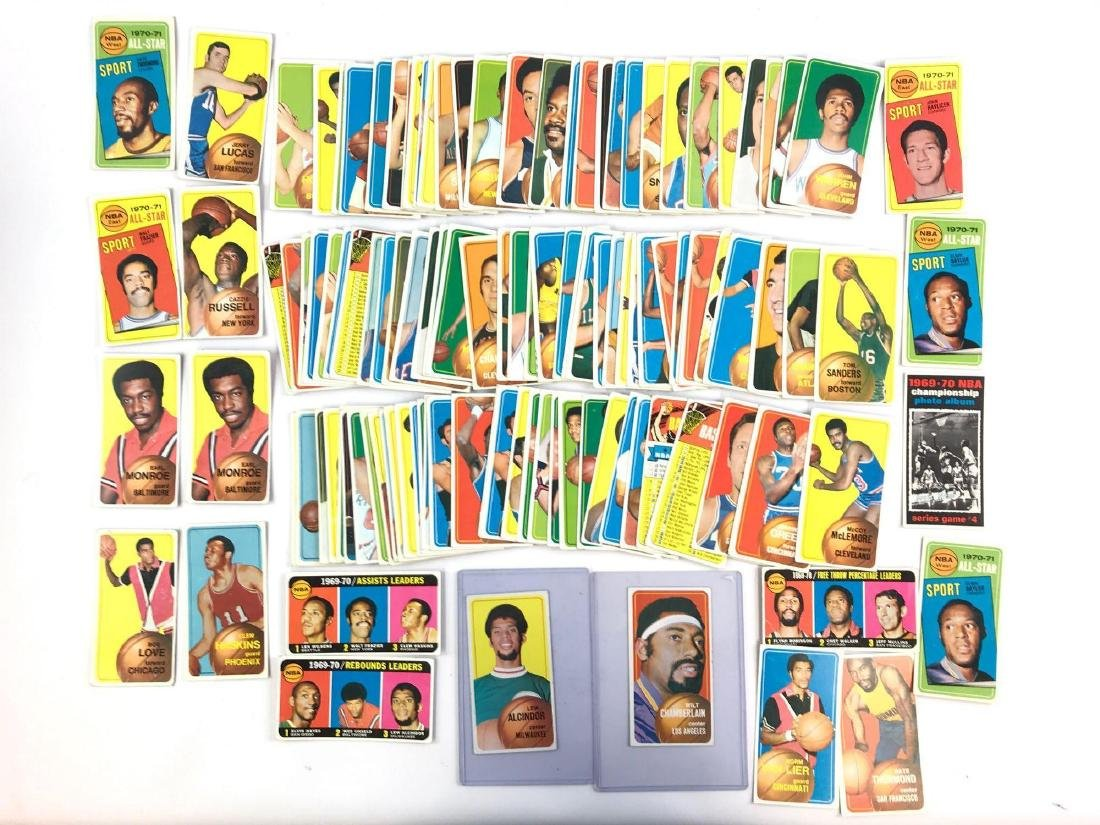 Approximately 100 1970 Topps baseball trading cards