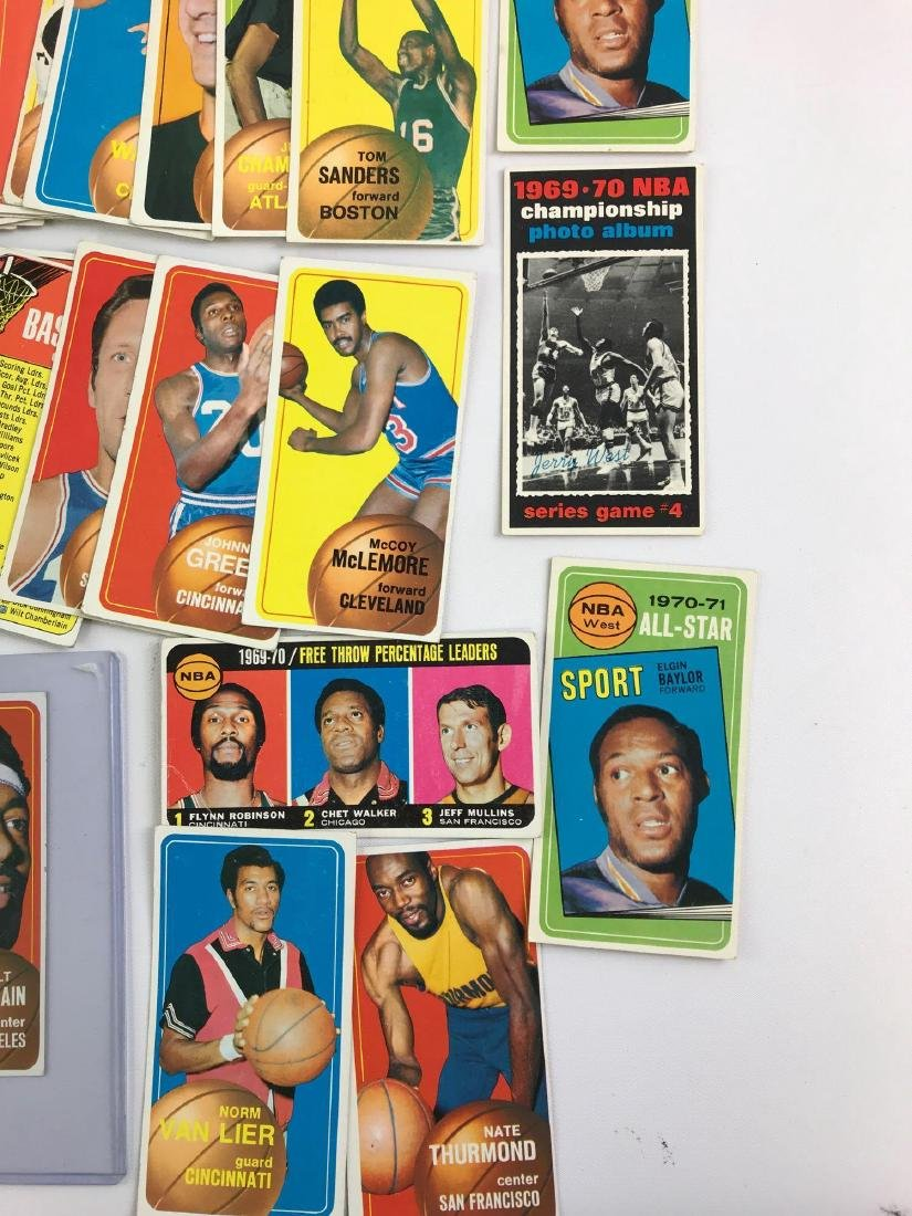 Approximately 100 1970 Topps baseball trading cards - 5