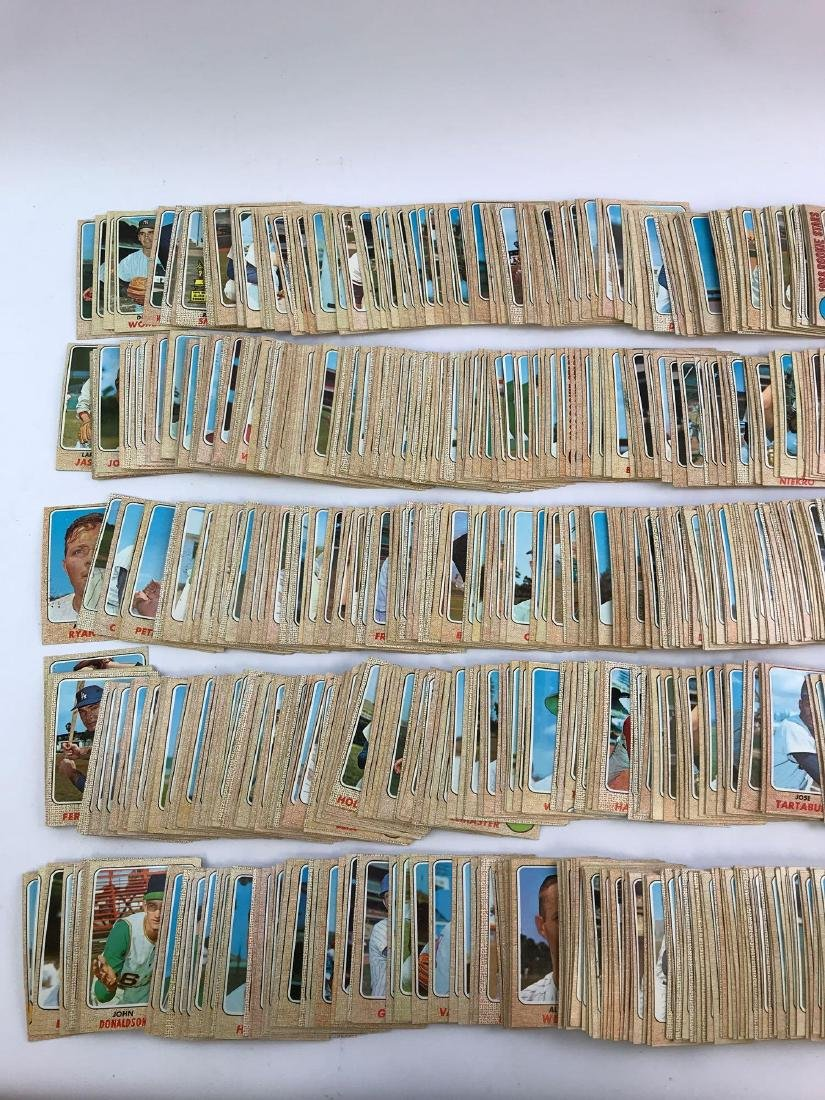 Approximately 1100+ 1968 Topps baseball trading cards - 3