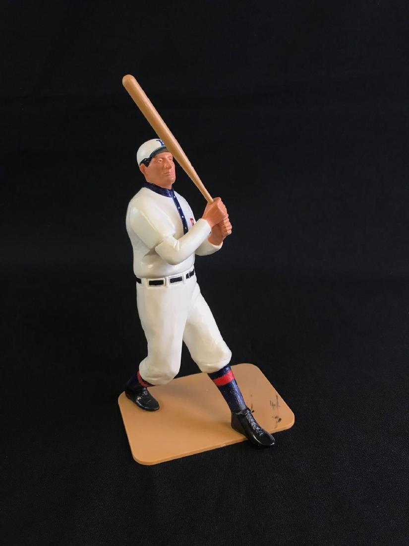 Limited edition 1990 hartland baseball player figurine