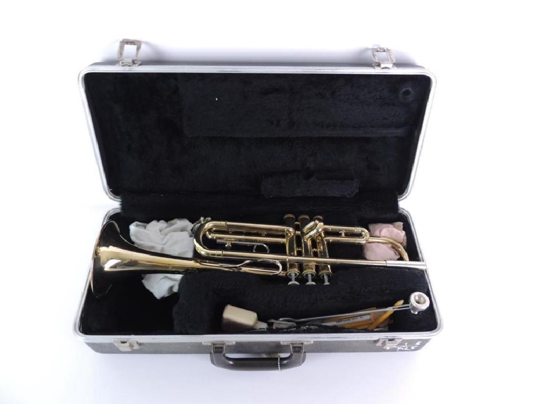 Bundy Selmer Trumpet with Hard Case - 4