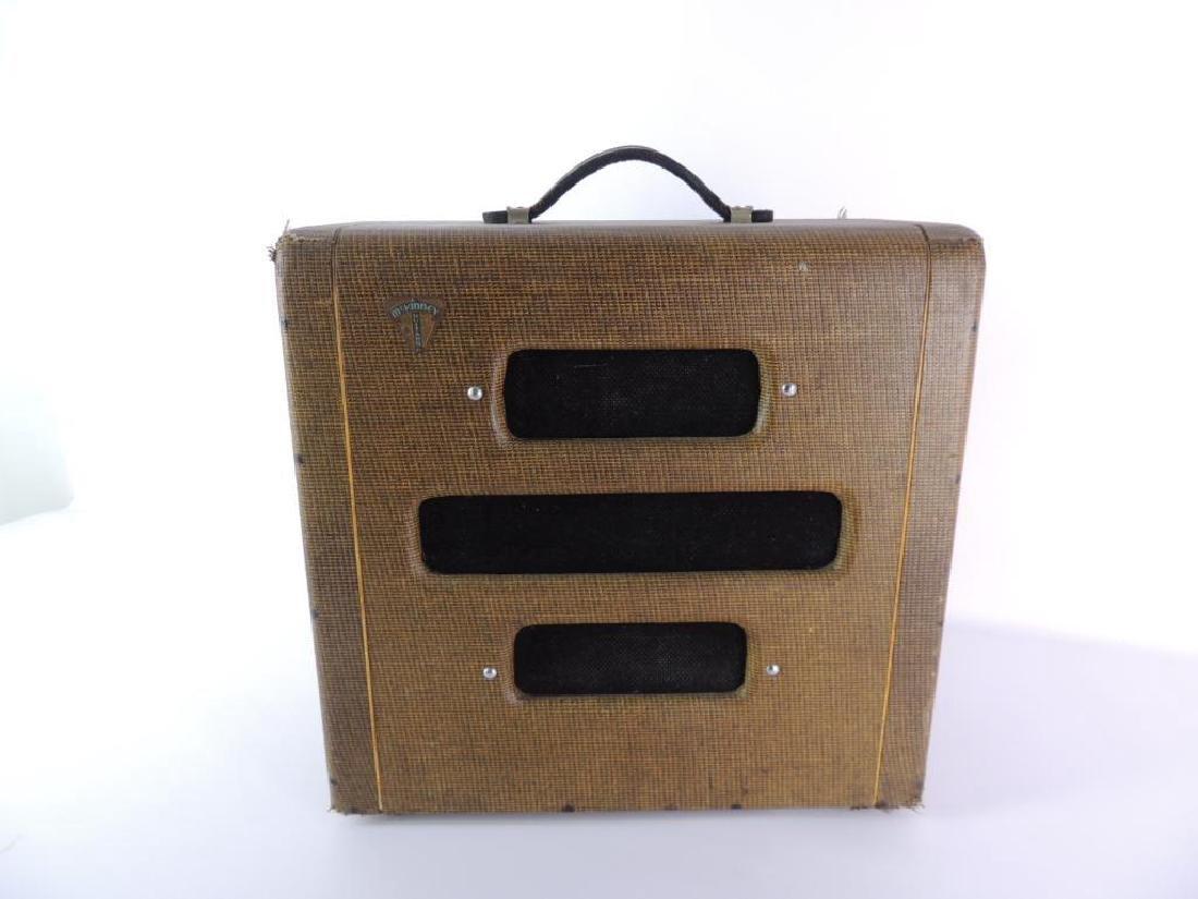Vintage 1950's McKinney Guitars Valco Tube Amplifier - 2