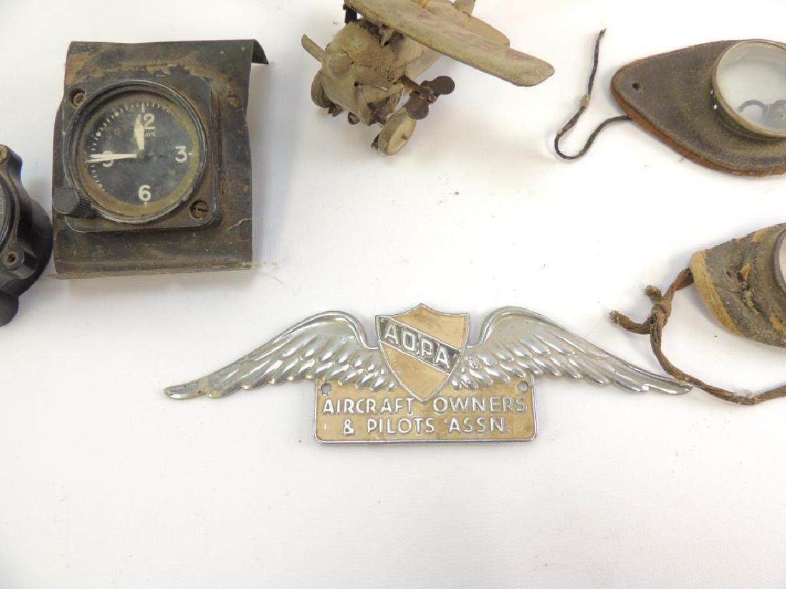 Lindbergh/Pilots Grouping : Airplane Clocks - 2
