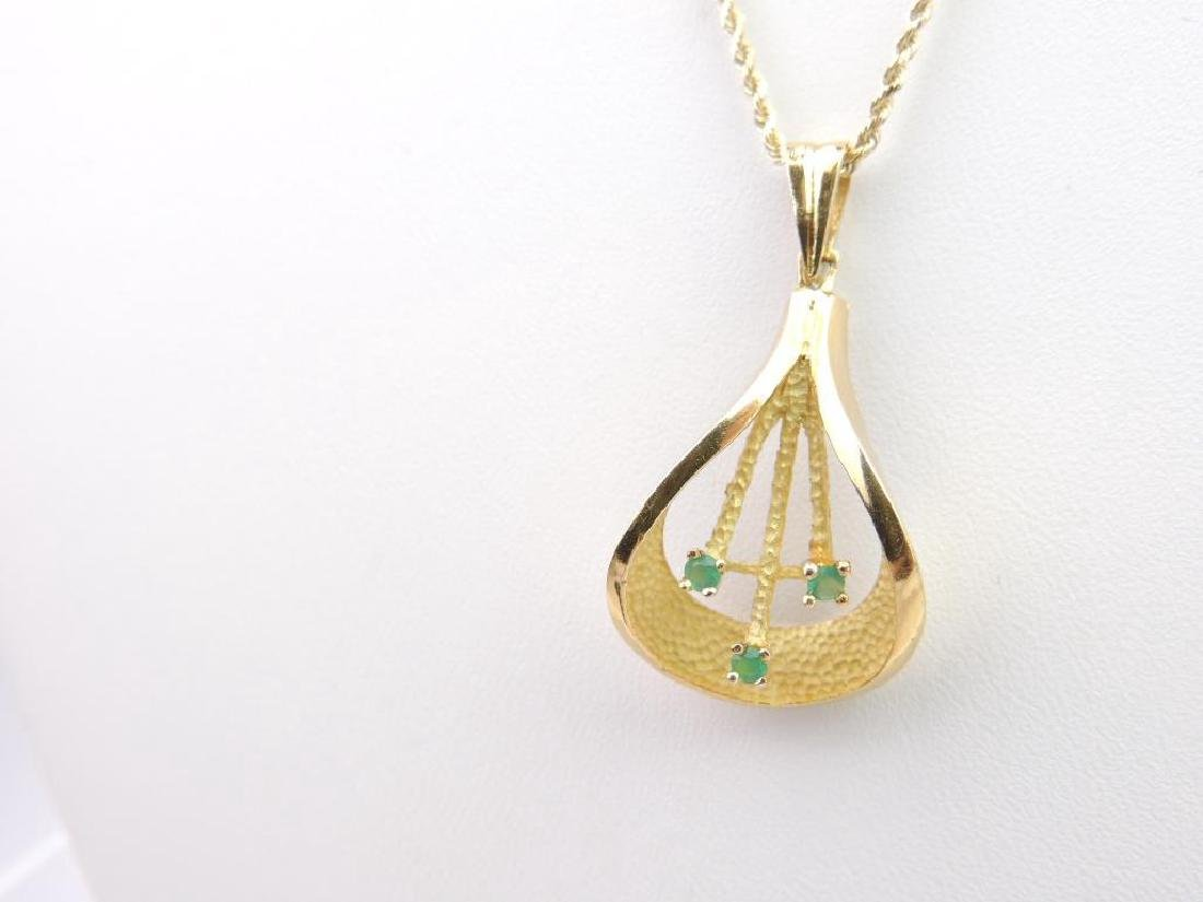 "14k Yellow Gold Chrysoprase Pendant and 18"" Rope Chain - 3"