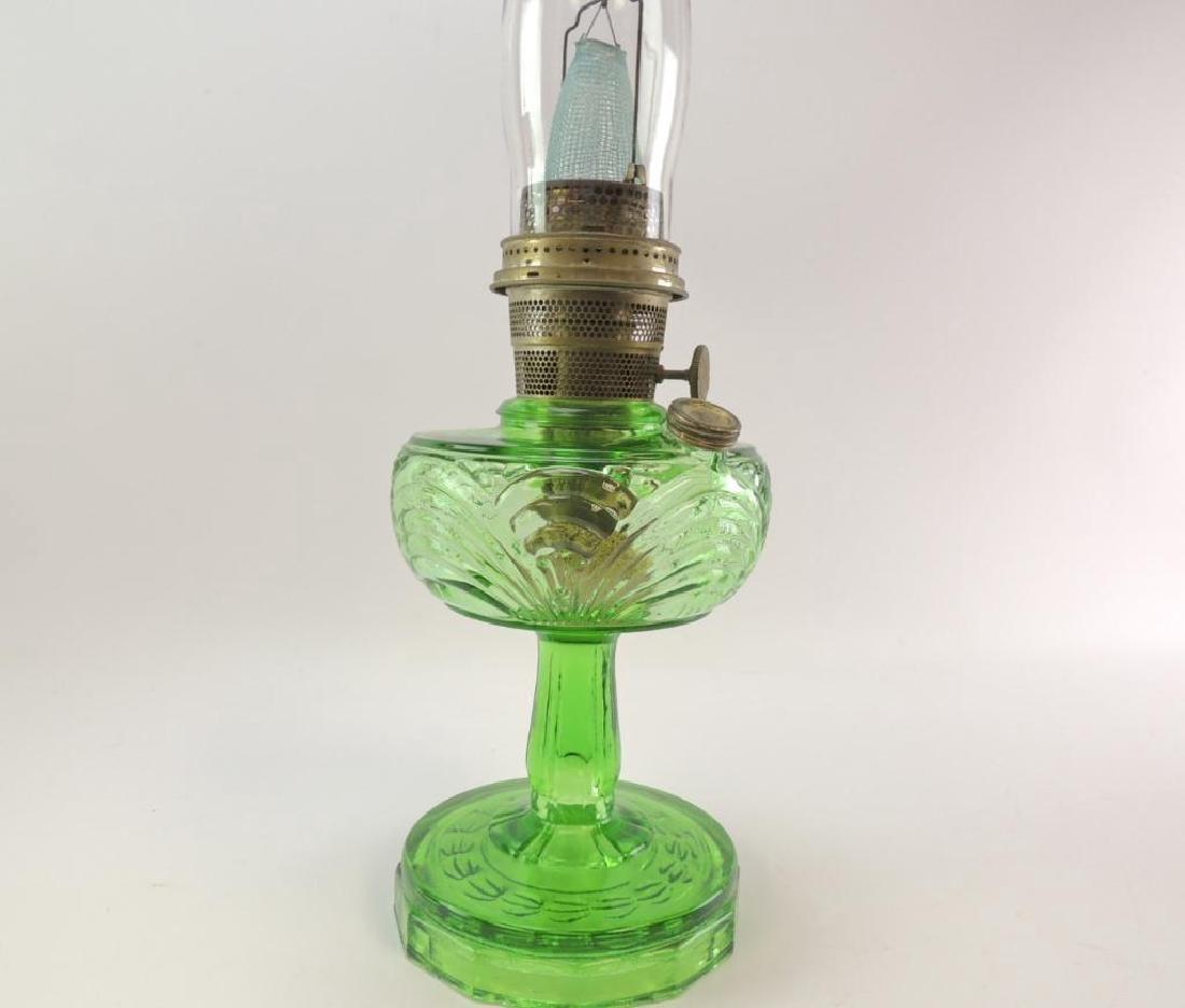 Antique Aladdin Emerald Green Oil Lamp - 3