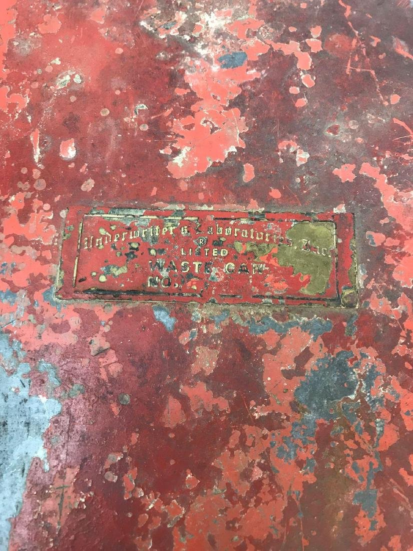 """Vintage Gas Station/Garage """"Towel"""" Red Trash Can - 3"""