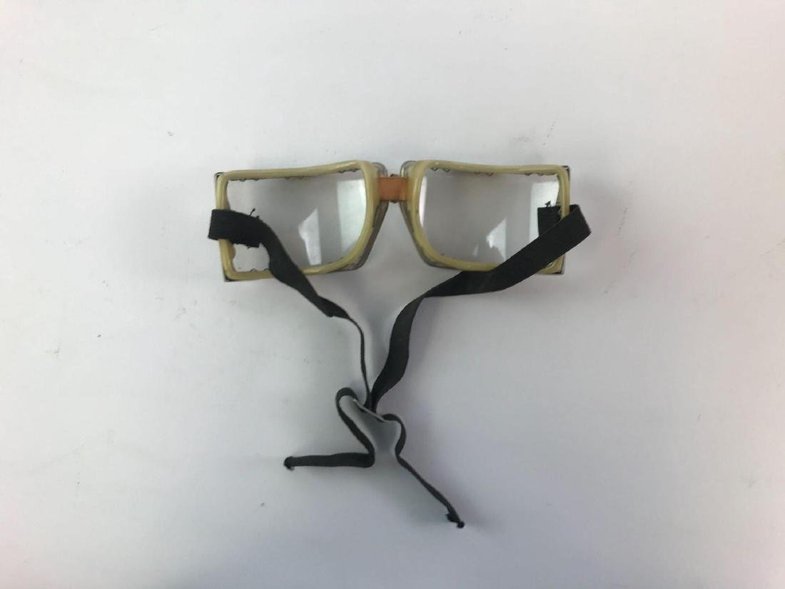 Pair of Vintage Motorcycle/Aviation Goggles - 2