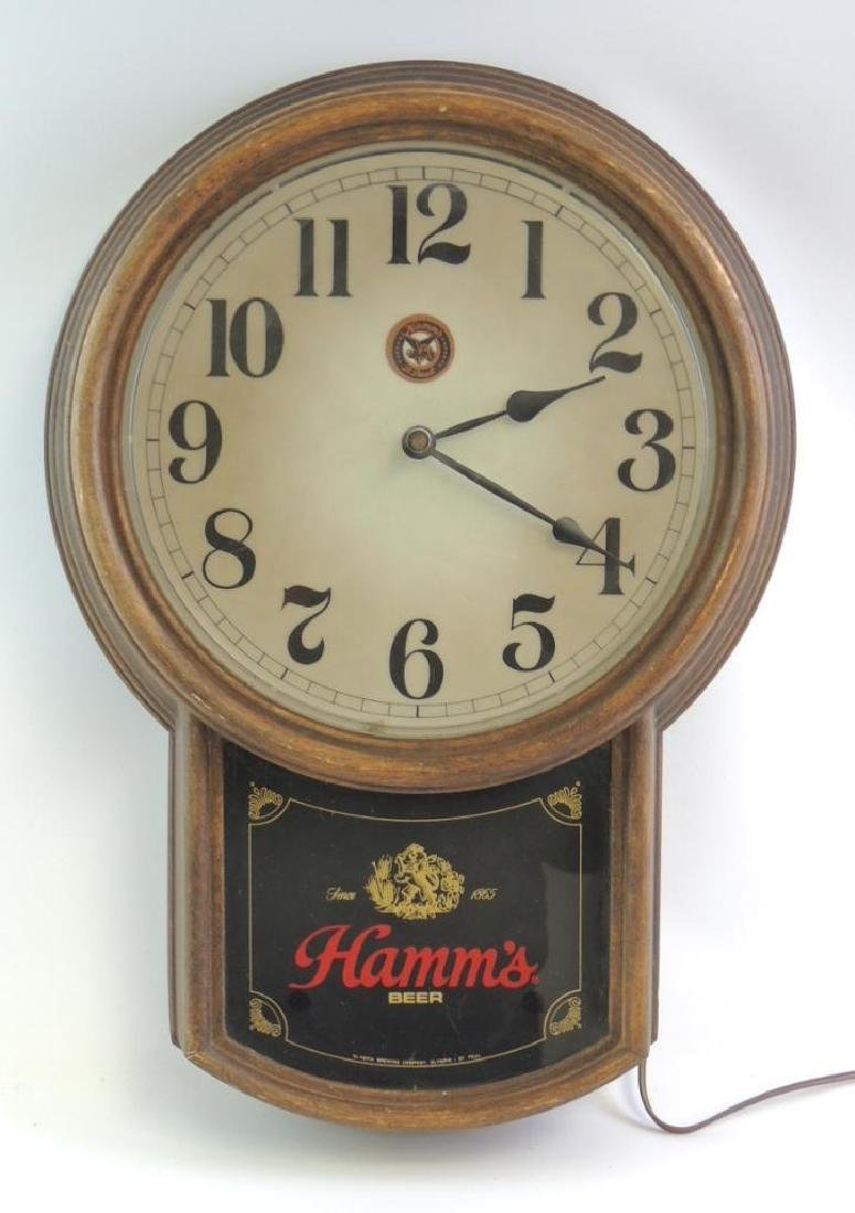 Vintage Hamm's Beer Advertising Light Up Beer Clock