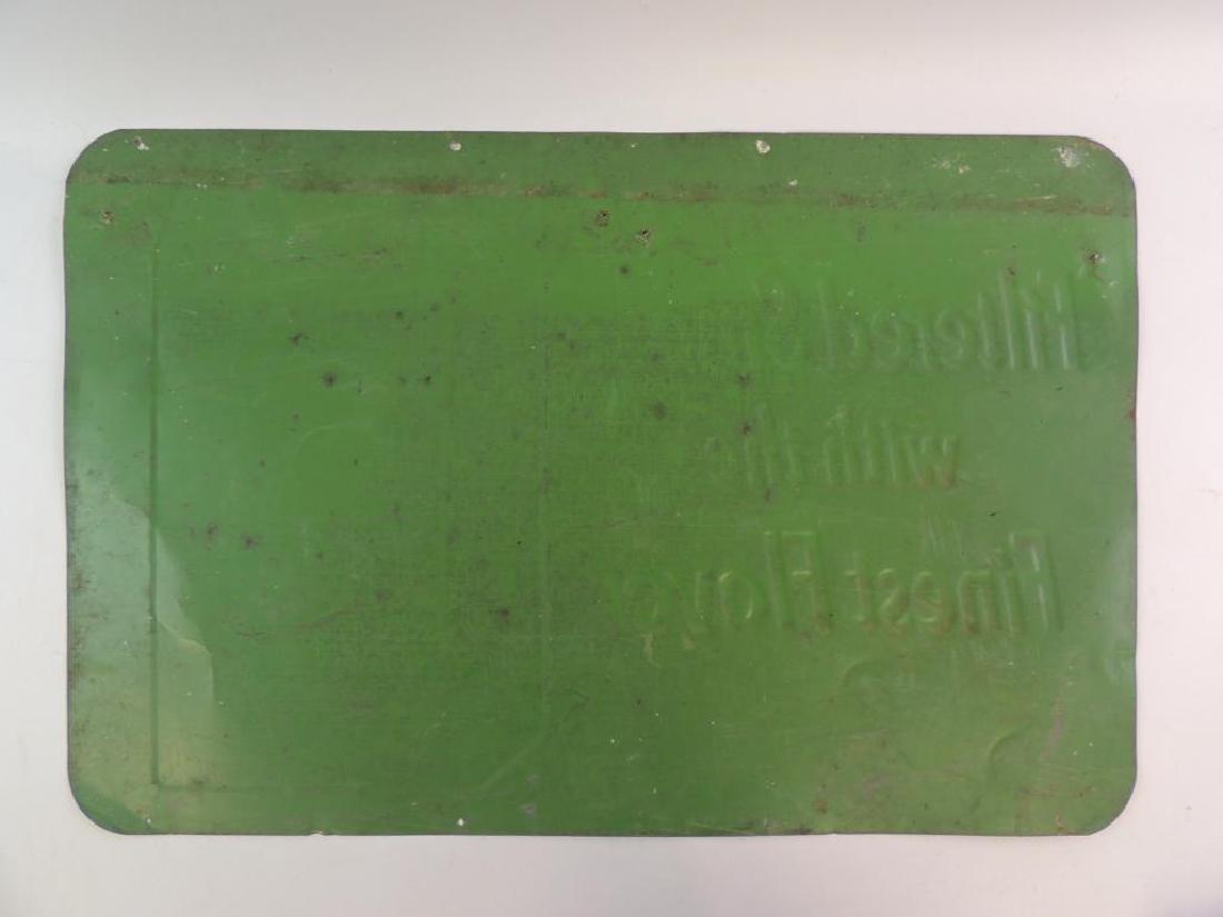 Vintage Victory Filter Tip Cigarettes Advertising Tin - 2