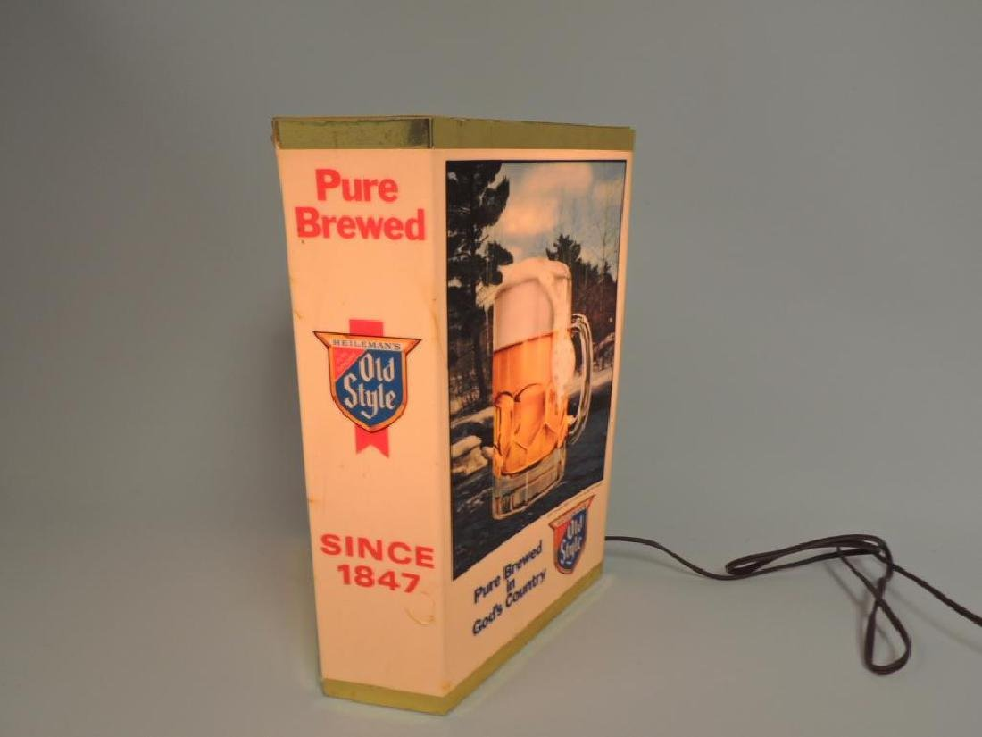 Vintage Heileman's Old Style Advertising Light Up Beer - 2