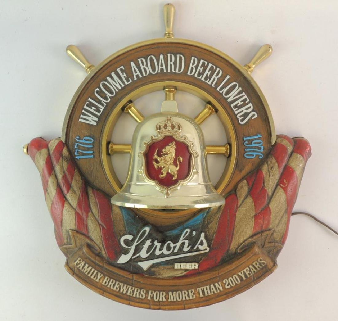 Vintage Stroh's Advertising Light Up Beer Sign