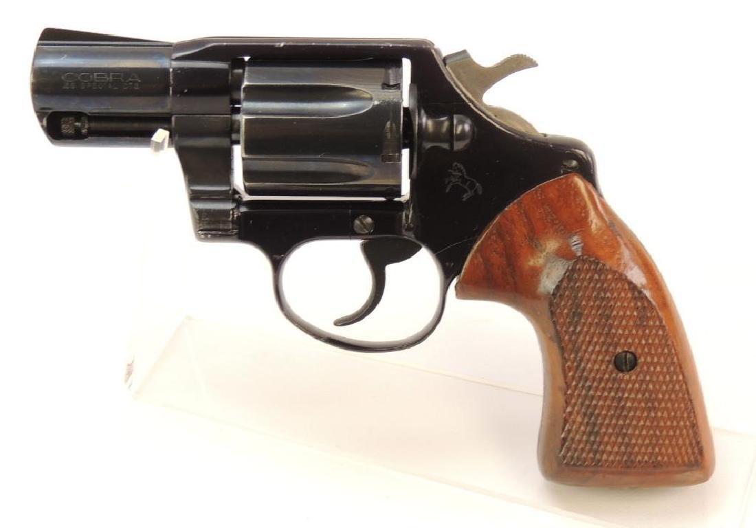 1977 Colt Cobra .38 Special Snub Nose Revolver